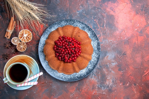 Cake met bessen cake met bessen steranijs een kopje thee citroen kaneel