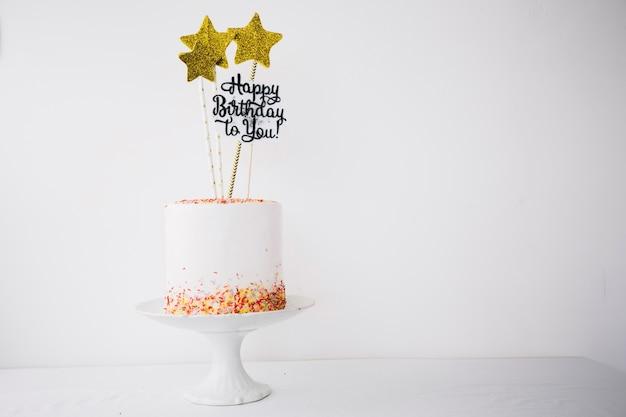 Cake versierd met sterren en schrijven