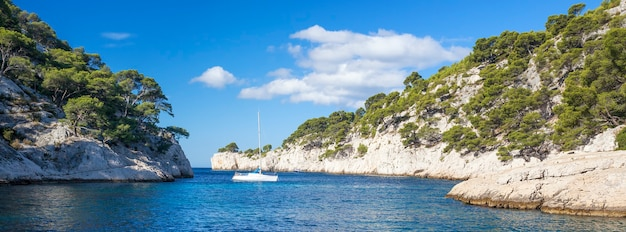 Calanques van port pin, panoramisch uitzicht, cassis, frankrijk