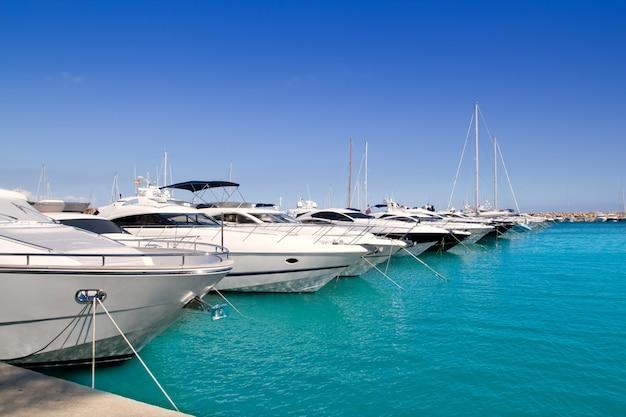Calvia puerto portals nous luxe jachten op mallorca