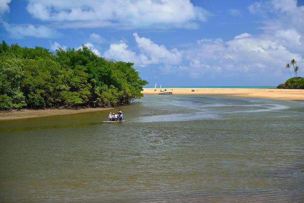 Camaratuba rivier mataraca in de buurt van joao pessoa paraiba brazilië op 13 november 2012