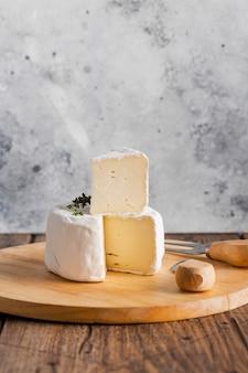 Camembertplak op rol