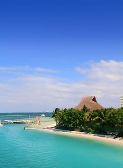 Cancun mexico lagune en caribische zee