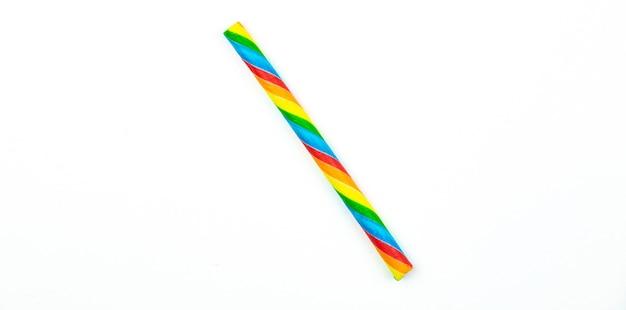 Candy stick voor kinderen op witte geïsoleerde achtergrond, macro close-up. hoge kwaliteit foto