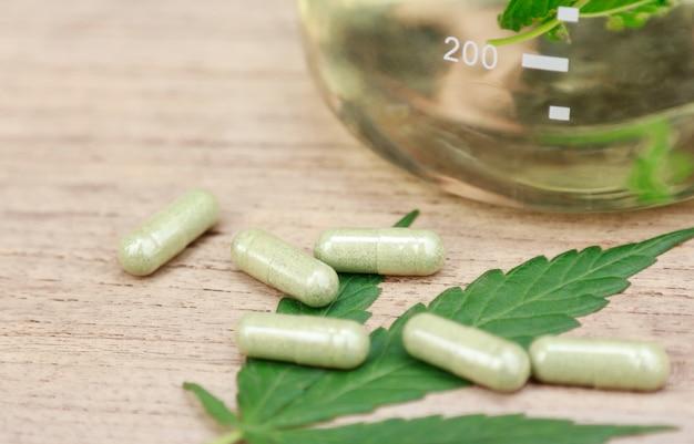 Cannabisboomkruid voor een gezond geneesmiddel in huis