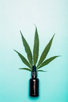 Cannabisolie (cannabidiol).
