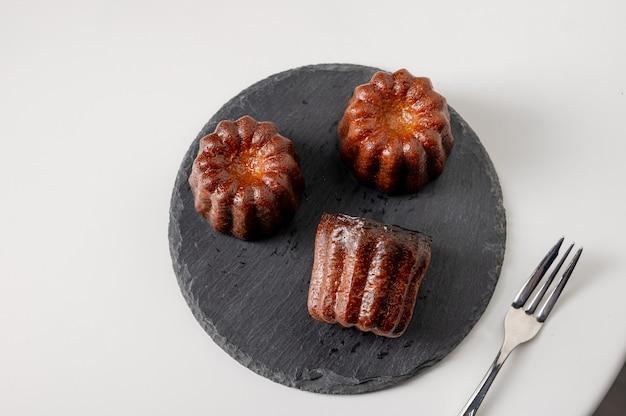 Canneles de bordeaux traditioneel frans zoet dessert