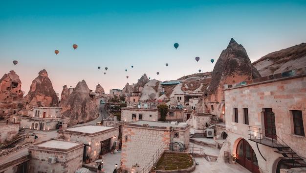 Cappadocia-vallei bij zonsopgang