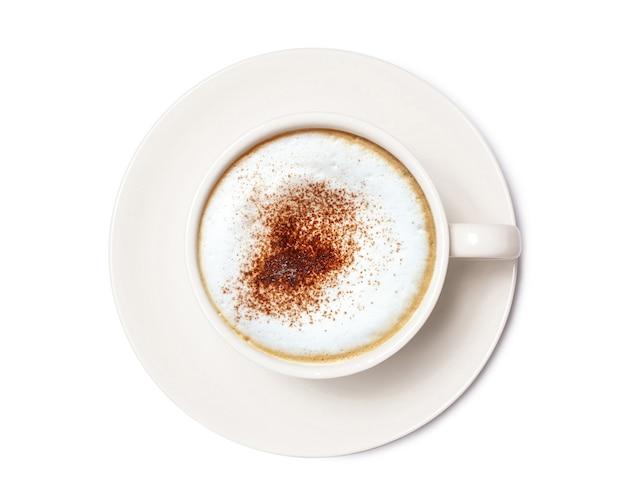Cappuccino-koffie, koffiekopje bovenaanzicht geïsoleerd op een witte achtergrond. met uitknippad.