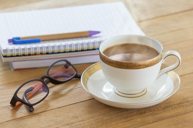 Cappuccino kopje koffie, warme koffie