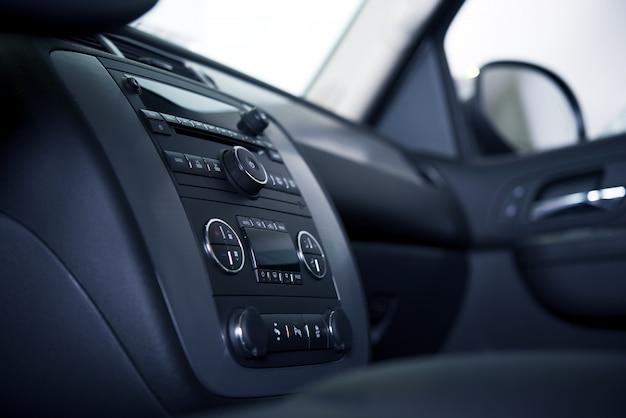 Car dashboard en interieur