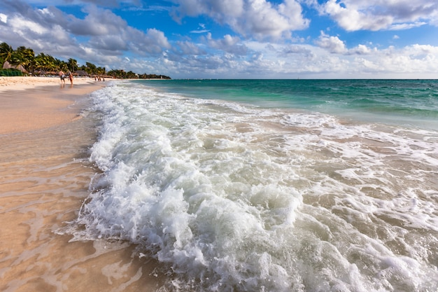 Caraïbische zee, rivera maya wit zandstrand