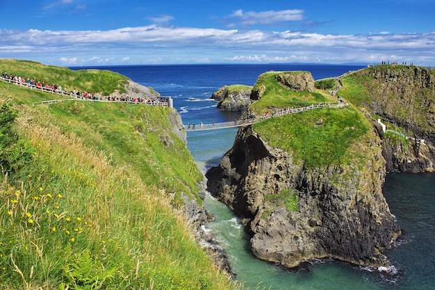 Carrick-a-rede touwbrug, noord-ierland, verenigd koninkrijk