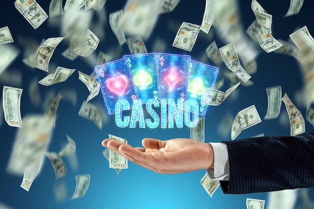 Casino inscriptie op de achtergrond van neon casino atrebutics en dalende dollars. winnen, casino-advertentiesjabloon, gokken, vegas-spellen, wedden.