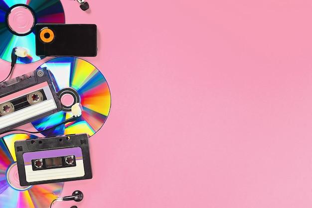 Cassette, cd-schijf, mp3-speler.