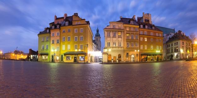 Castle square in de ochtend, warschau, polen.