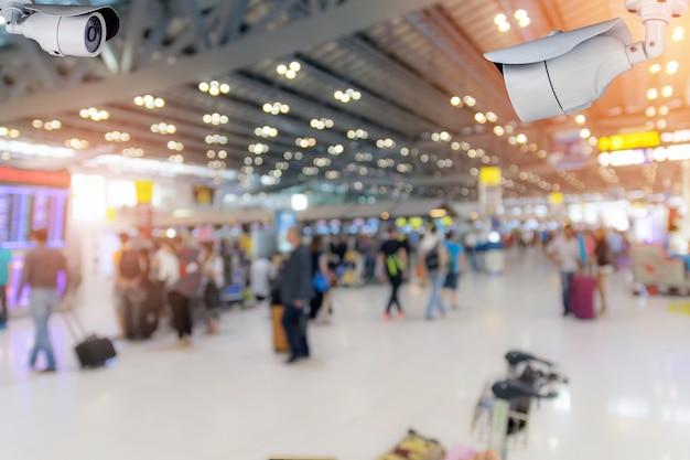Cctv-beveiligingscamera op de luchthaven