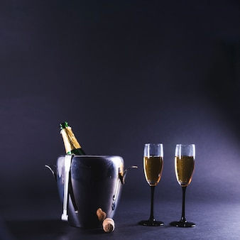 Champagne fles en glazen