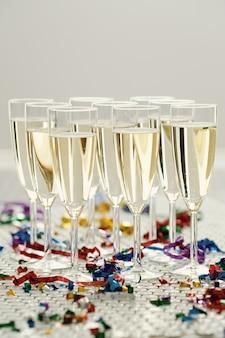 Champagne in glazen