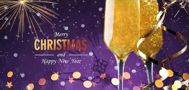 Champagneglazen met vuurwerk en nieuwjaarsklok op paarse achtergrond