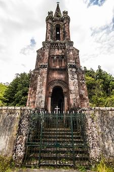Chapel of our lady of victories bevindt zich in furnas, op het eiland sao miguel, op de azoren