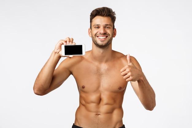 Charmante bebaarde shirtless, knappe sportman met sixpack