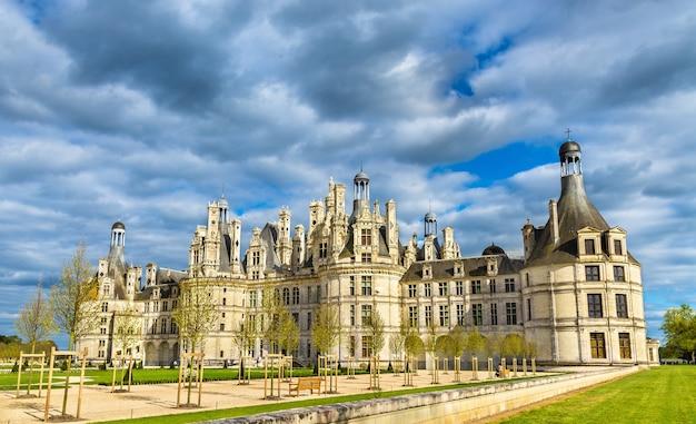 Chateau de chambord, het grootste kasteel in de loire-vallei.