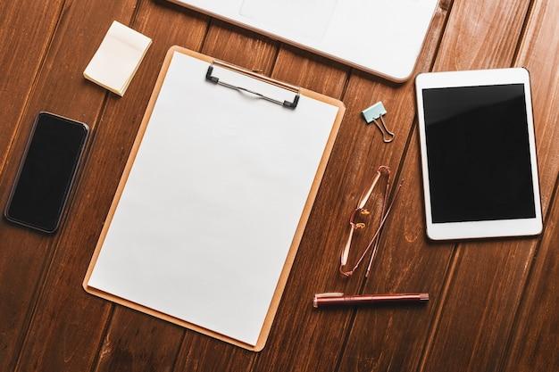 Checklist en tablet