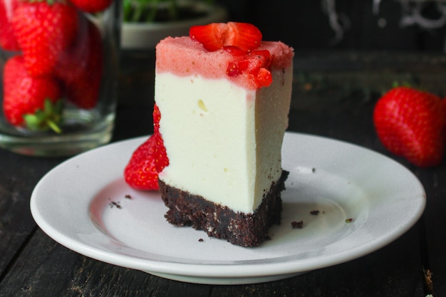 Cheesecake strawberrie cake