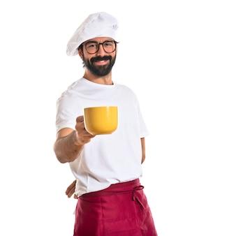Chef-kok met een kopje koffie