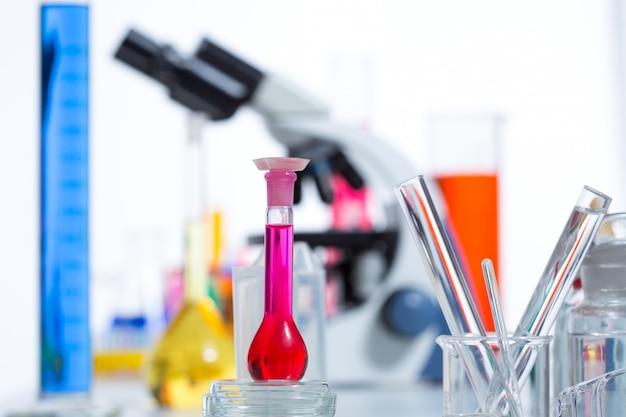 Chemische wetenschappelijk laboratorium spul reageerbuis kolf