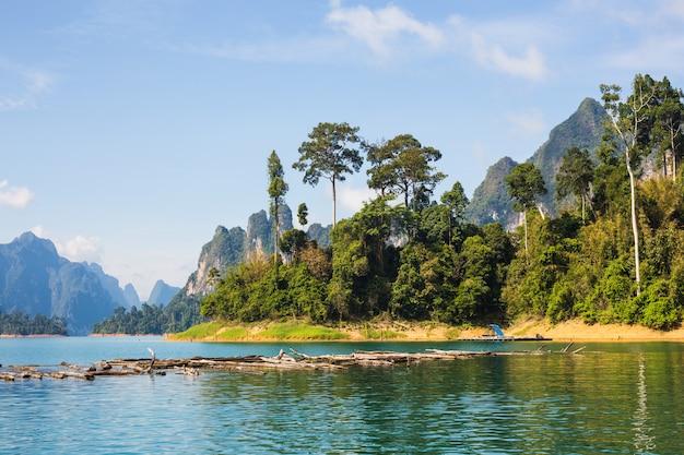 Cheow lan-meer, het nationale park van khao sok, thailand