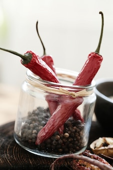Chili peper en peperkorrels