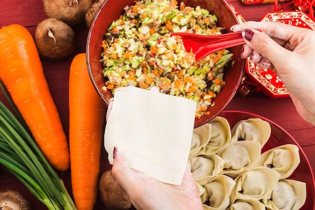 Chinees eten: knoedels voor traditionele chinese feestdagen