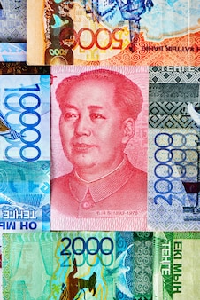 Chinees geld yuan en kazachse tenge.