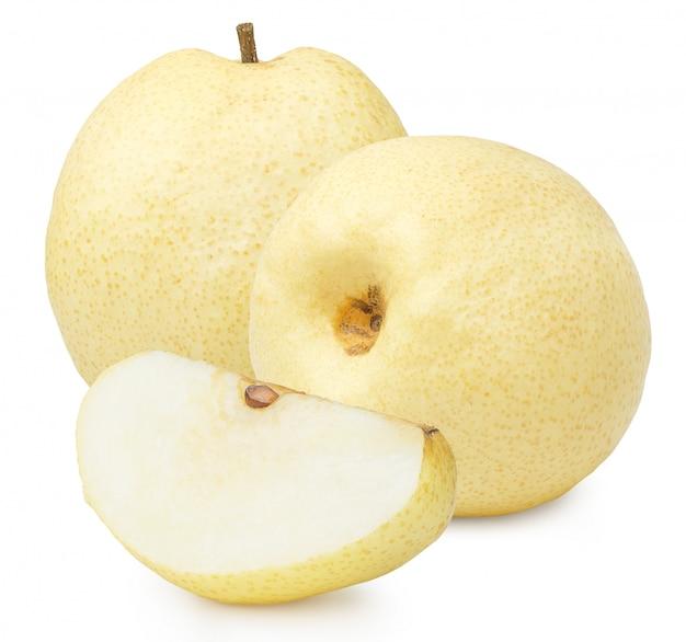 Chinees perenfruit dat op witte achtergrond wordt geïsoleerd