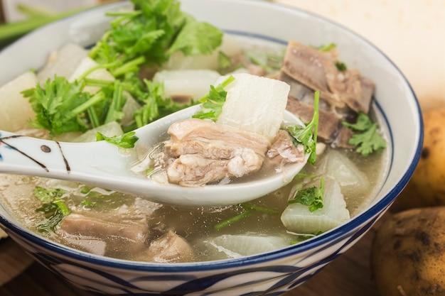 Chinese keuken: stamppot met radijs en schapenvlees