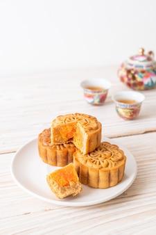 Chinese maancake durian en eierdooiersmaak voor mid-autumn festival