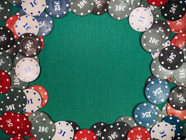 Chips voor weddenschappen en pokerspellen en gokken