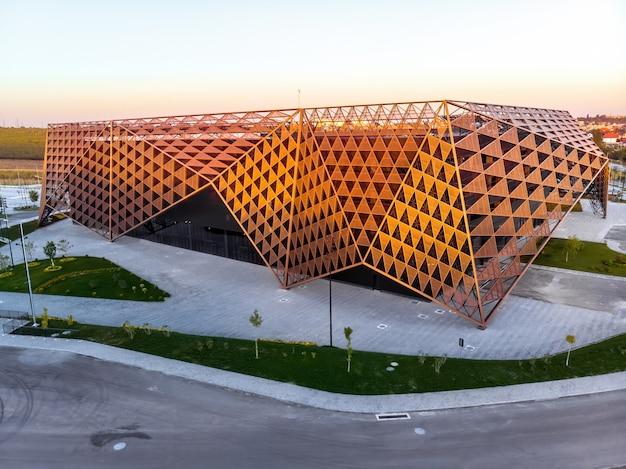 Chisinau arena tijdens zonsondergang in moldavië