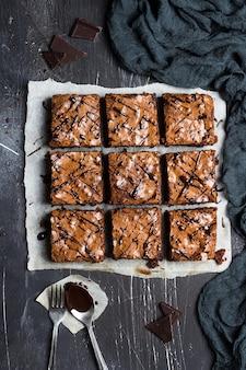 Chocolade brownie taart stuk taart huisgemaakt gebak zoete koken