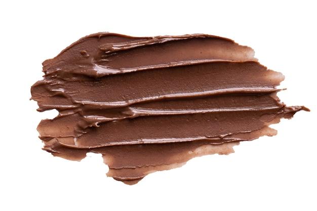 Chocolade crème beroertes geïsoleerd op een witte achtergrond