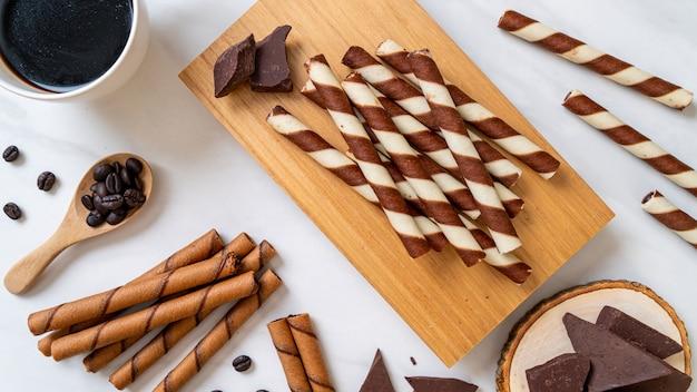 Chocolade en koffie wafer stick