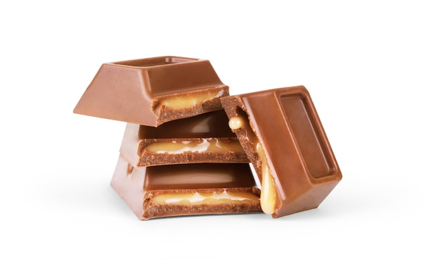 Chocolade met karamel op een witte achtergrond