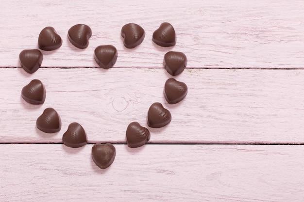 Chocolade op houten ruimte