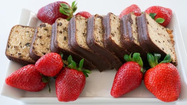 Chocoladekoekjes met aardbeien