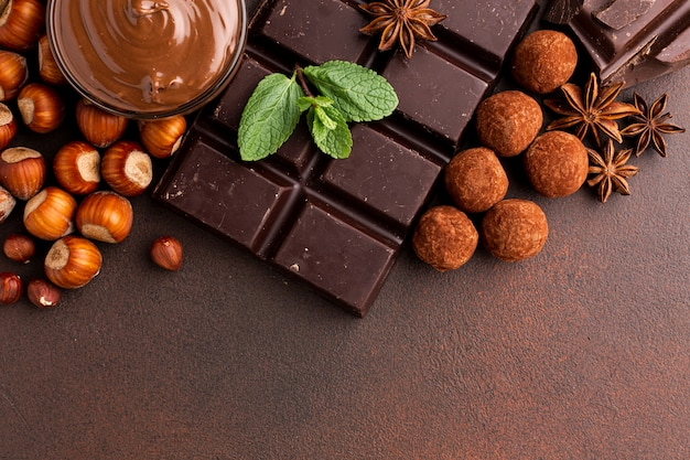 Chocoladereep arrangement met truffels
