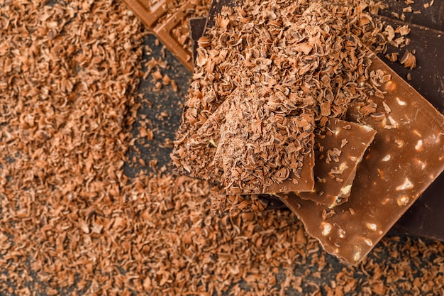 Chocoladerepen met kruimels