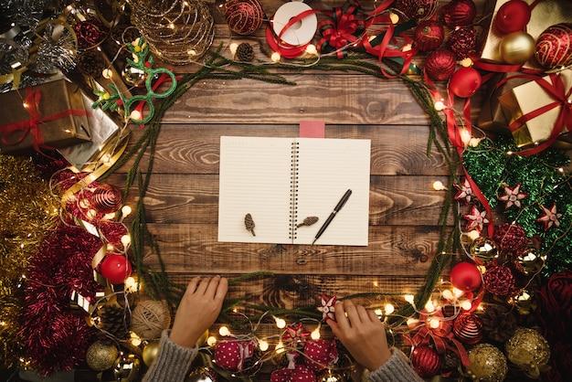 Christmas wenskaart. kerst plat lag samenstelling