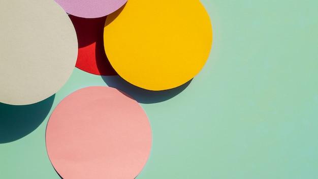 Cirkels en kopieer ruimtedocument geometrische achtergrond
